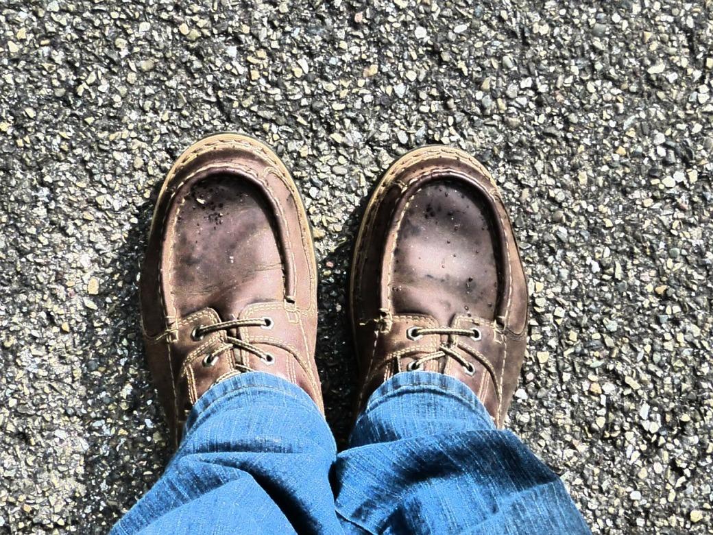 shoes-92501_1280
